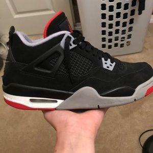 """Jordan 4 """"bred"""""""